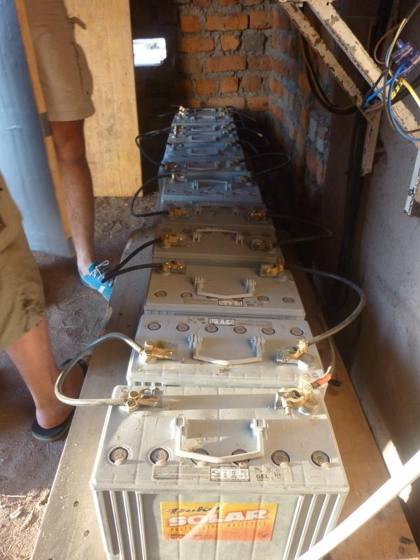 Batterie dell'impianto a Ukomola